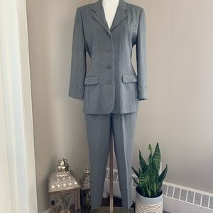 CLUB MONACO, Grey Blazer and Pant Suit
